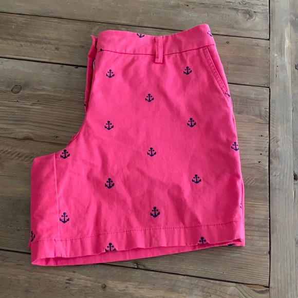 Cambridge Dry Goods shorts with anchor design
